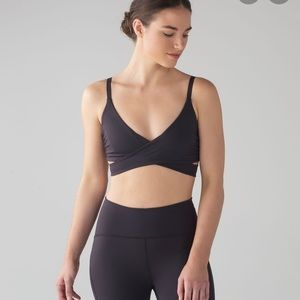 Lululemon Lean In Bra black